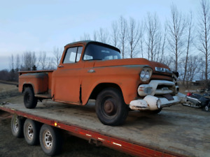 1958 GMC 1/2 ton parting out