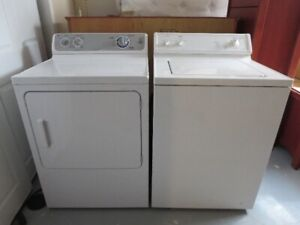 Washer & Dryer Hotpoint / GE (sold as pair only)