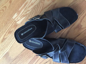 Brand-new naturalizer sandals size 8