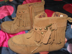 kids moccasin boots & rubber boots