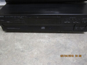 Music till the cows come home!!! Kenwood 5 CD Disc multi player