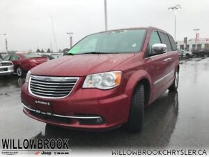 2015 Chrysler Town  Country Limited