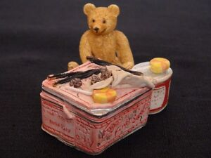 Bear Figurine London Ontario image 1