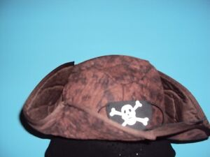 adult size theatrical pirate hat with eye patch
