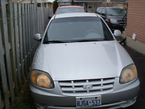 2005 Hyundai Accent Hatchback London Ontario image 2