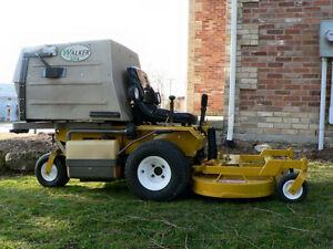 2000 20hp walker mower for sale