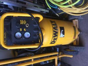 Dewalt 15 gallon air compressor