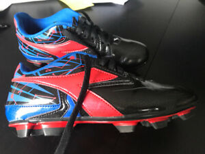 Boys Diadora Soccer Cleats