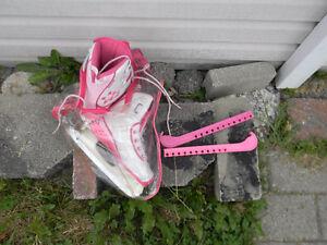patin pour fille 15 dollars Gatineau Ottawa / Gatineau Area image 2