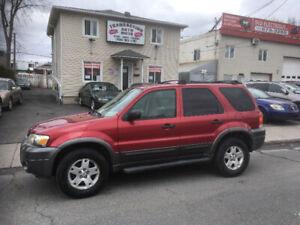 Ford  Escape   2007    4x4   automatique   160 000 km   garantie