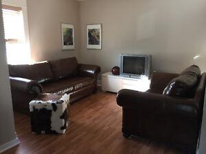 4½ Upper duplex 2 bedrooms /Haut de Duplex 2 chambres