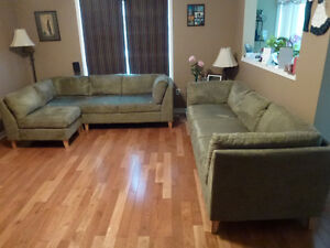 QE3 Sectional Chairs Set Of Four