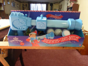 Hallmark's – The Avalauncher by Northpole – Child's Toy Kitchener / Waterloo Kitchener Area image 1