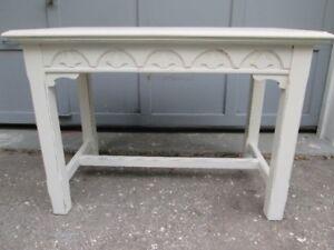 Antique White Distressed Oak Table