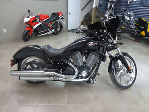 2005 Victory Vegas 8 Ball ACCEPTING OFFERS!