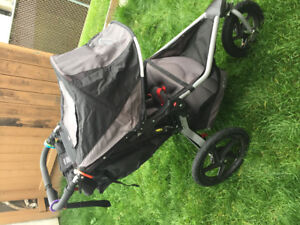 Bob Revolution Jogging Stroller in Like New Condition!!!!