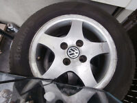 """1 set fo 4 bolt mags and tire""""s for golf or jeta 195 /60/14 like"""