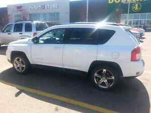 2013 Jeep Compass North edition 4x4. Custom sound system