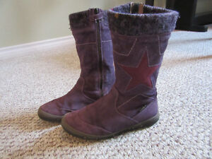 Winter boots girls purple size 1