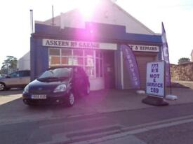 2005 Toyota Yaris 1.3 VVT-i Blue 5 DR,ONE OWNER FROM NEW,LOW MILEAGE 58,000