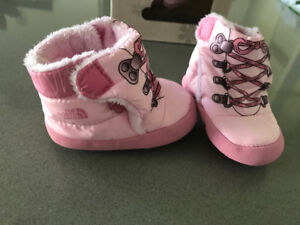 New North Face Infant Bootie - Pink - size 4
