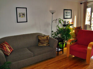 BEAUTIFUL APARTMENT TO SHARE - 41/2 - JULY&AUGUST (NEGOCIABLE)