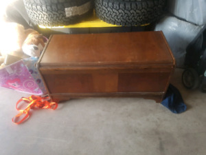 Old foot chest