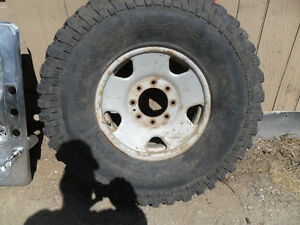 5 big tires mud terrain m+s and rims 8 bolt
