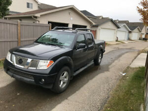 Selling 2008 Nissan Frontier LE 4x4