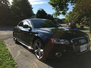2012 Audi A5 2.0L Premium Plus S-Line Coupe (2 door)