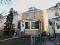 OPEN HOUSE WEST END CHARCTER HOME! SUN MAY 24, 2:30PM - 4:30PM