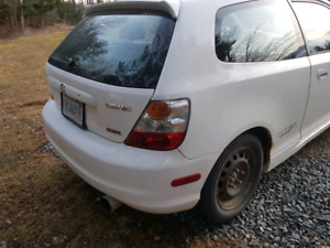 2004 Honda civic sir need gone asap!