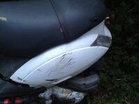 Piaggio zip panels ... Whole bike breaking 100cc