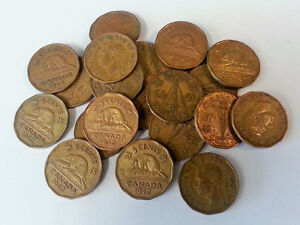 Bulk lot of 22 Tombac Brass Canadian 5 cent coins from 1942/43
