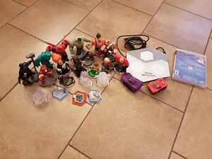 Disney Infinity 2.0 plus 16 characters for ps3