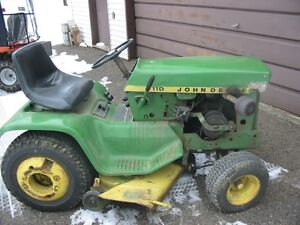 John Deere 110  Riding tractor and blower mower Kingston Kingston Area image 2