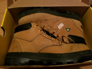 Terra Steel Toe Boots Size 8 in Excellent Shape Hardly Worn