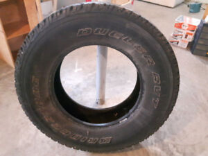 Set of four R17 P265/70 tires