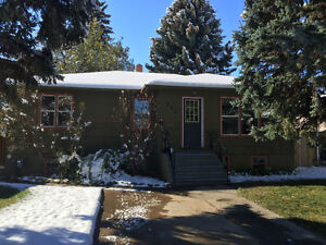 This is it! SS Excellent location 1200+Sqft,4Bed,Garage + more