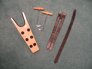 Horse/Equestrian/Girth Extender/Bell Boots/Boot pull/hook/Polos