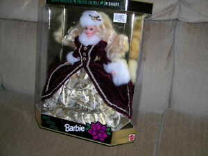 Happy Holidays Barbie / New in box. Kitchener / Waterloo Kitchener Area image 1