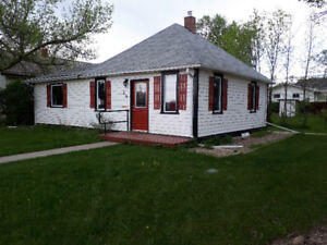 Home/Office Space in Maple Creek