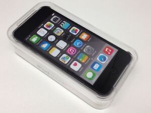 APPLE IPOD TOUCH 6th GEN -NEW-