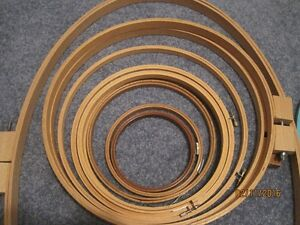 Craft Hoops and frames, EZ quilting clamps Windsor Region Ontario image 2