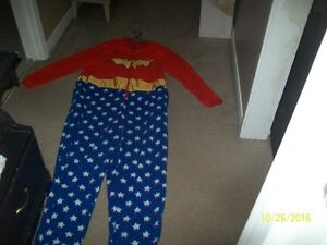 Wonder Womans Fleece Onsie Costume .2-zippered side pockets OBO