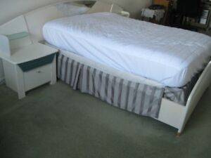 Bed with Box Spring and Matress double size