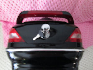 BRAND NEW MOTORCYCLE TRUNK WITH LIGHTS MOUNTING HARDWARE