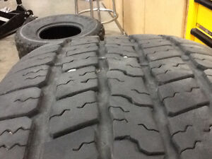 For sale 2  P 265/70r17 Tires
