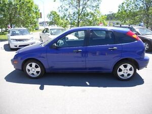 Ford Focus 5dr Sdn HB ZX5 SES 2005