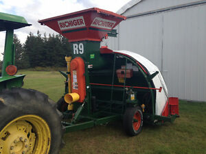Grain Bagger for rent Strathcona County Edmonton Area image 1